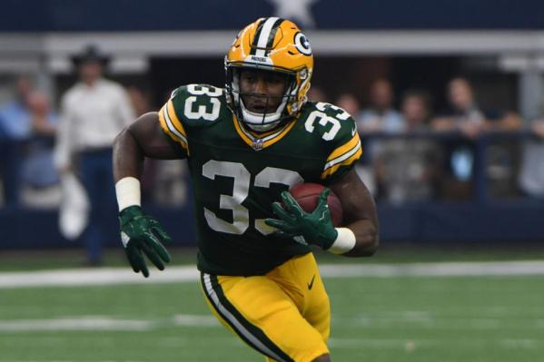 Green-Bay-Packers-Aaron-Jones-steps-in-at-running-back